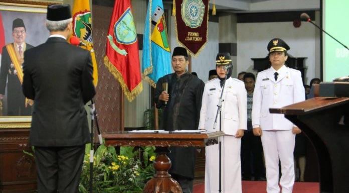 Bu Tiwi dilantik menjadi Bupati Purbalingga